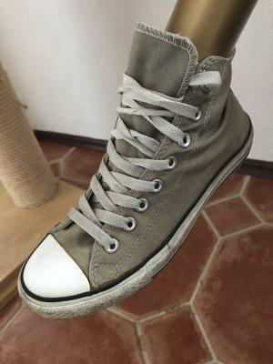 Converse high, Gr 40, KP 90€