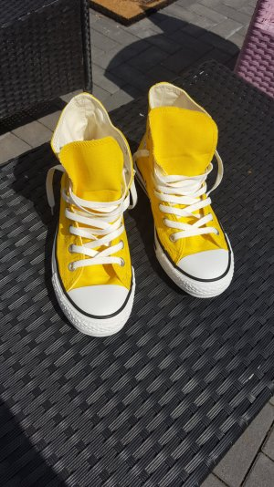 Converse High Top in gelb