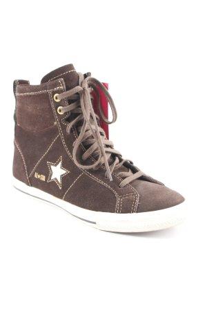 Converse High Top Sneaker braun sportlicher Stil