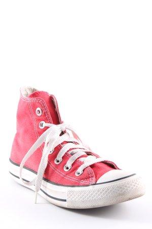 Converse High Top Sneaker rot-weiß sportlicher Stil