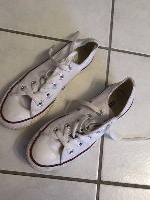 Converse in weiß - zweimal getragen