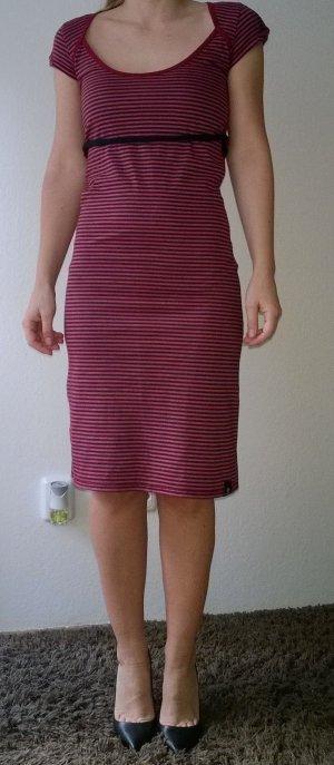 Converse Kleid Größe XS