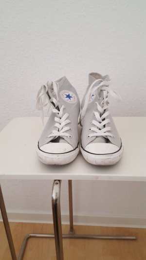 converse high top sneaker g nstig kaufen second hand m dchenflohmarkt. Black Bedroom Furniture Sets. Home Design Ideas