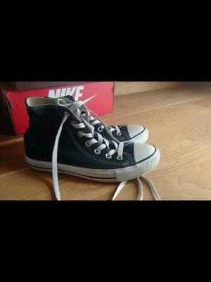Converse schwarz Größe 38