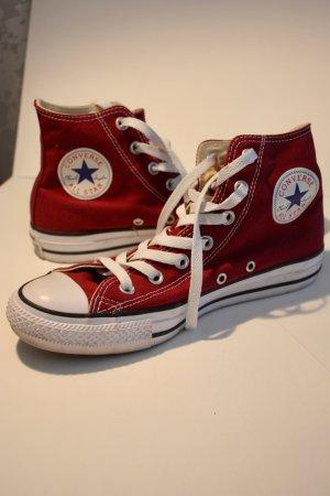 Converse Sneaker, dunkelrot
