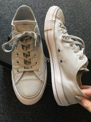 Converse Sneaker halb
