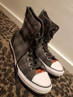 Converse | Sneaker | Karriert |  NEU | GRÖßE 42