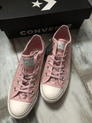 Converse Turnschuhe mit Spitze rosa neu 110€