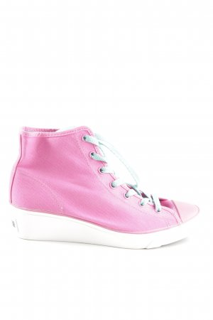 Converse Wedge Sneaker pink-white athletic style