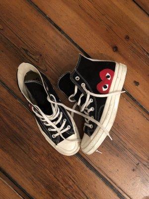 Converse x comme des garcons chucks in schwarz mit rotem Herz 39