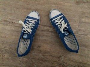Coole Adidas Schuhe, nur 2 x getragen