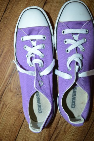 Coole Allstar Converse Chucks Gr. 40 in Lila