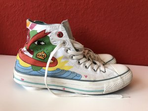 Coole, außergewöhnliche Chucks von Converse, aus den USA, 40