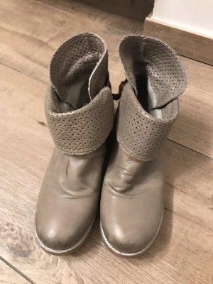 Coole Boots Gr. 42
