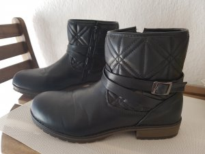 Coole Boots im Biker look
