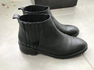 Coole Chelsea-Boots/ Stiefeletten von Goertz, Größe 39