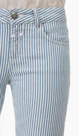 Coole Closed Jeans mit Längsstreifen gestreifte Hose in Blau Weiß