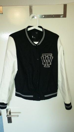 Coole College Jacke schwarz/weiß