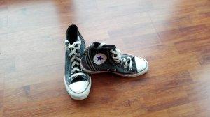 Coole Converse mit Reißverschluss