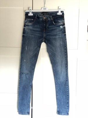 Coole Denim Jeans neu Zara