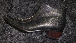 Coole Designer-Stiefeletten aus Leder Gr.38/39