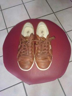 Coole Dockers Sneaker Größe 36