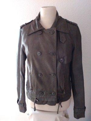 Coole graue Jacke aus Kunstleder
