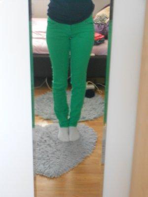Coole Grüne Röhrenhose