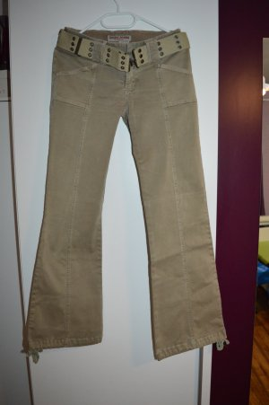 Coole GUESS Jeans strechig in beige Gr. XS