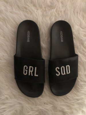 H&M Beach Sandals black-white