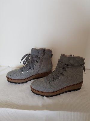 Tamaris Winter Booties light grey
