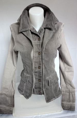 Coole Jacke im Stone Washed Look (Gr. 38)