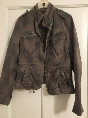 Coole Jacke von Comma Größe S