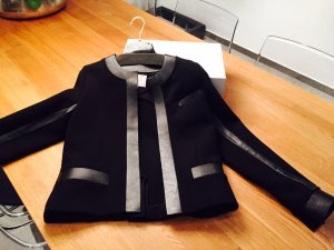 Coole Jacke von IRO in schwarz