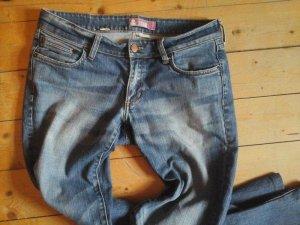 coole Jeans H&M Gr. 29 Bootcut Schöne Waschung