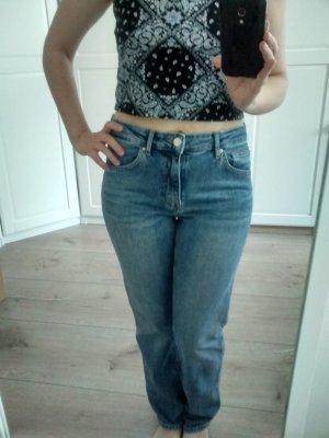 coole Jeans hellblau washed klassisch