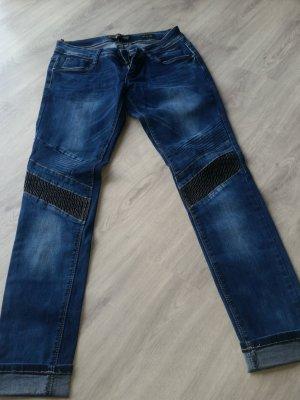 coole Jeans im Bikerlook