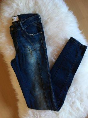Coole Jeans mit seitlicher Naht