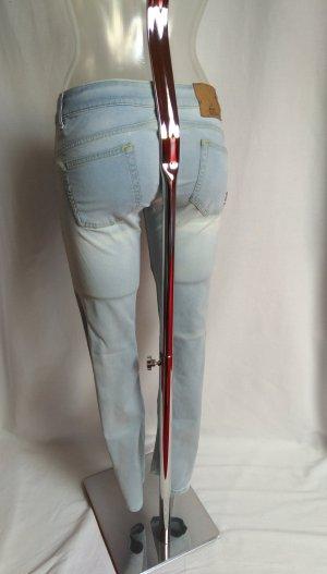 coole Jeans mit vielen schönen Details Neu!
