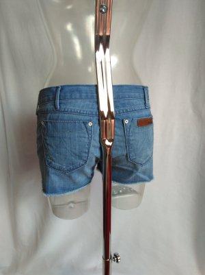 coole Jeans Short in einem schönem Design!
