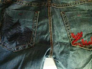 Coole Jeans von Majola/ Timezone mit toller Stickerei