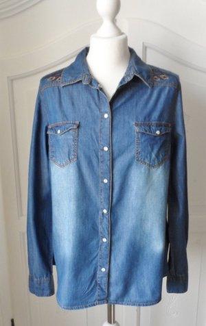 coole Jeansbluse Gr. 40 mit Stickerei wenig getragen