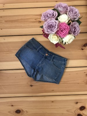 Coole Jeanshotpant von H&M