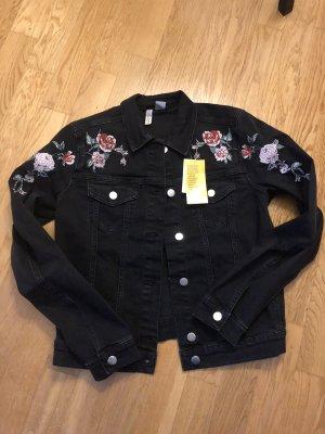 Coole Jeansjacke schwarz mit Blumenstickerei 38 Neu