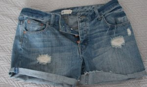 Coole Jeansshorts in Used-Optic