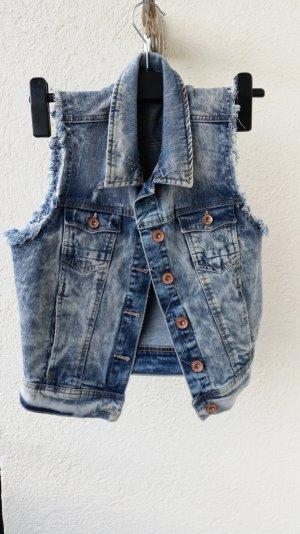 coole Jeansweste von Bershka!