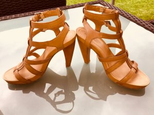 Coole Leder High Heels von Marco Polo