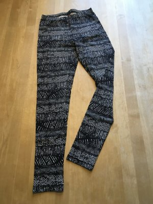 Coole Leggings mit Aztekenmuster