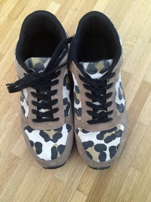 Coole Leoprint Sneakers