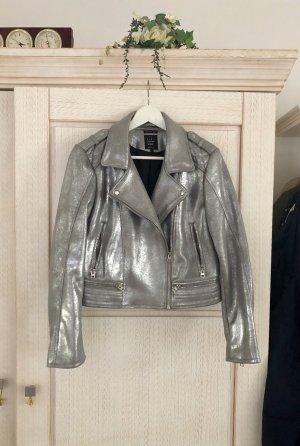 Coole Metallic Lederjacke von Zara